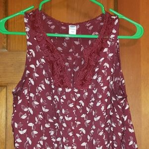 Old Navy Petite Women's Burgundy Bird Print Blouse